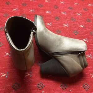 MIA ANKLES BOOTS GREY SIZE 10 FOR WOMEN